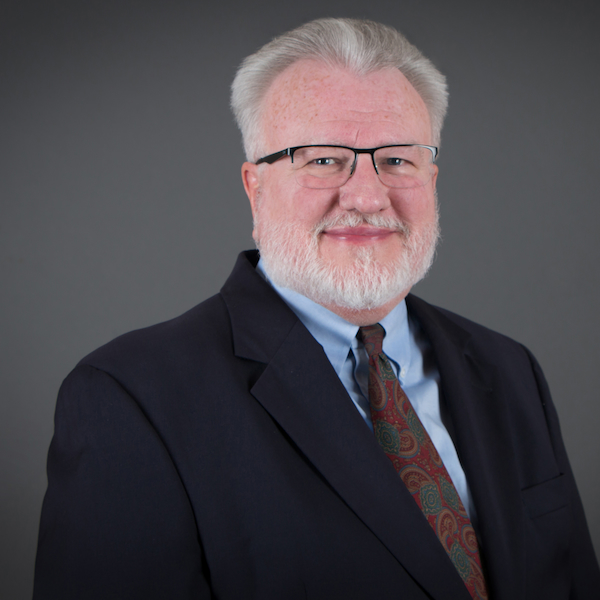 Headshot Faculty Larry McDonald